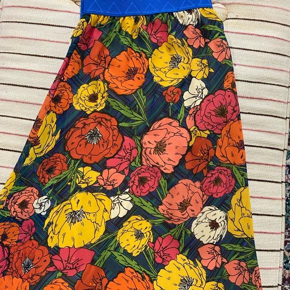 💙SUPER SALE💙 3x Lola skirt